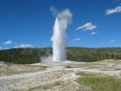Yellowstone Park - Old Faithful