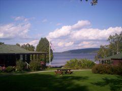 camp nad jeziorem