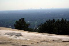 Widok na Atlante ze Stone Mountain