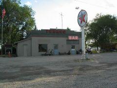 Stacja benzynowa - poczta - store - bar w Atomic City